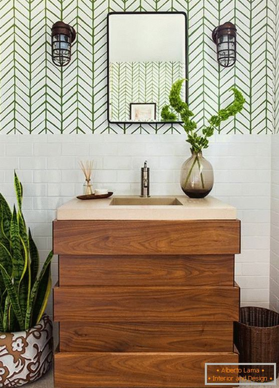 Bathroom with brown and green accents