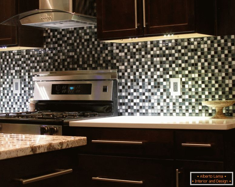 brown-backsplash-ideas-with-dark-cabinets