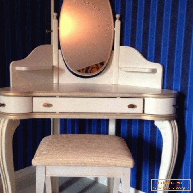 Dressing tables with a mirror for a bedroom photo 13