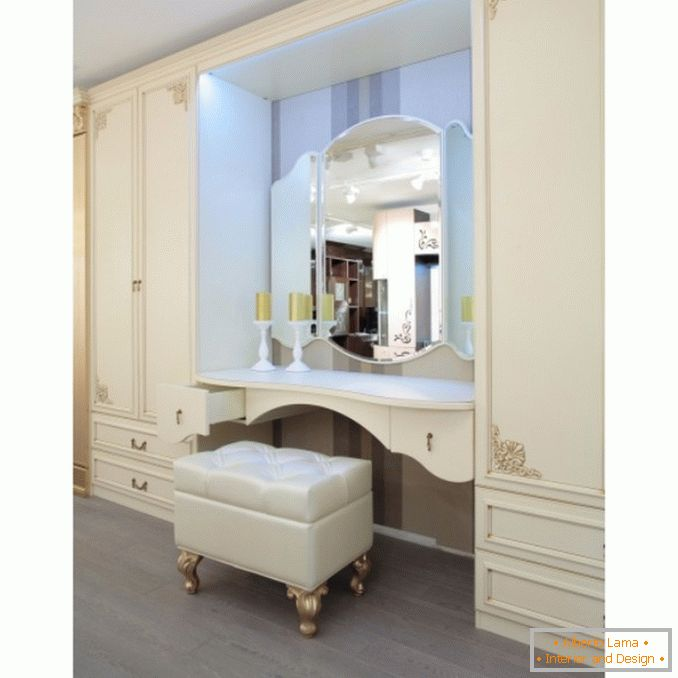 Dressing tables with a mirror for a bedroom photo 15