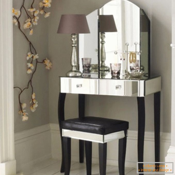 Dressing tables with a mirror for a bedroom photo 30