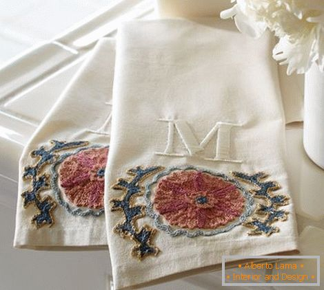 Towels with embroidery