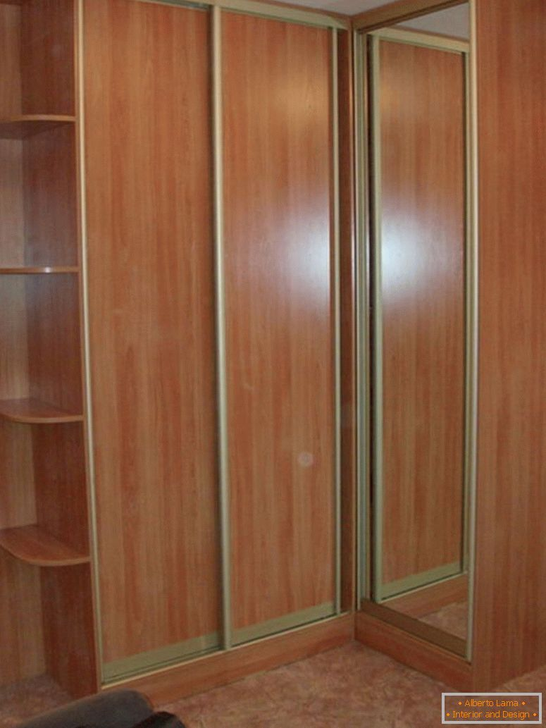 corner-wardrobe-for-bedroom
