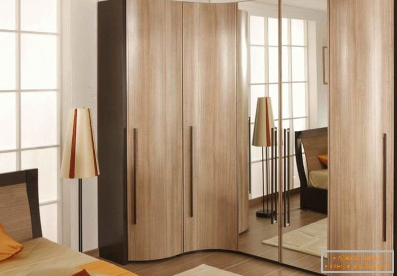 corner-wardrobe-in-bedroom