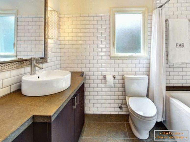 white-subway-tile-bathrooms