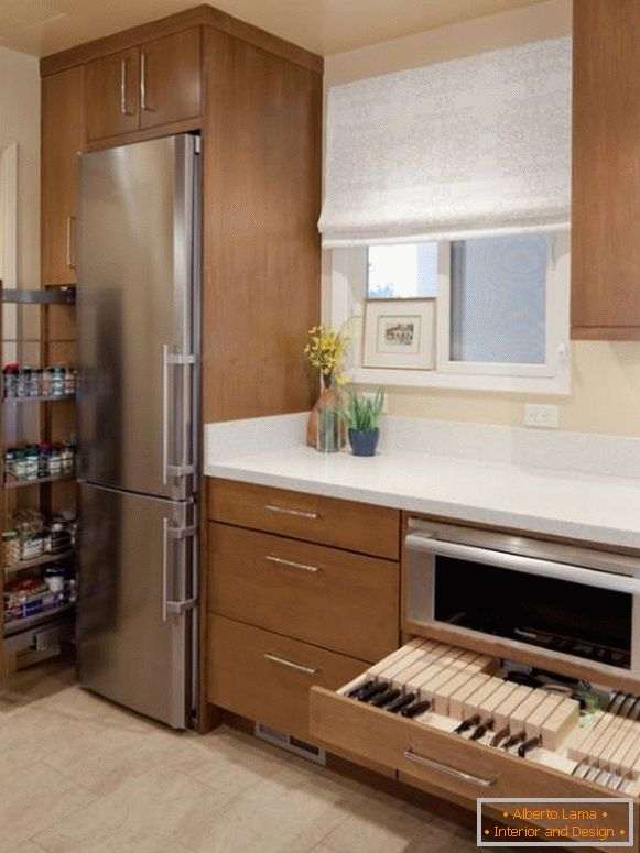 Narrow drawers for the kitchen - different types