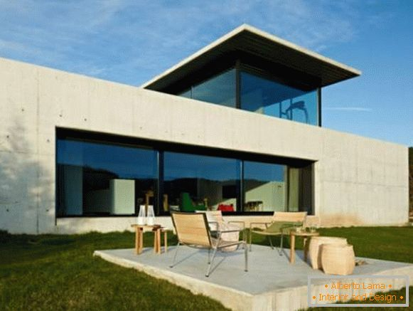 Design of a beautiful house in Spain