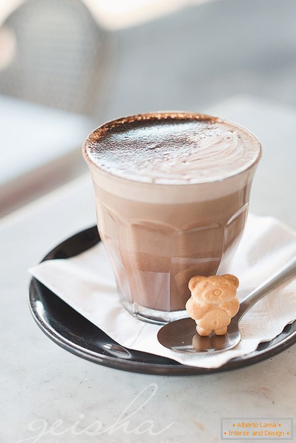 Latte with a cookie-teddy