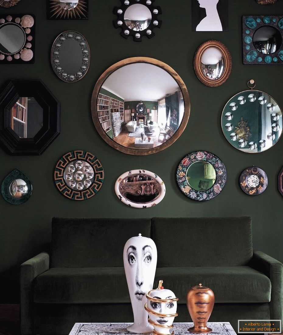 Mirrors of different shapes above the sofa
