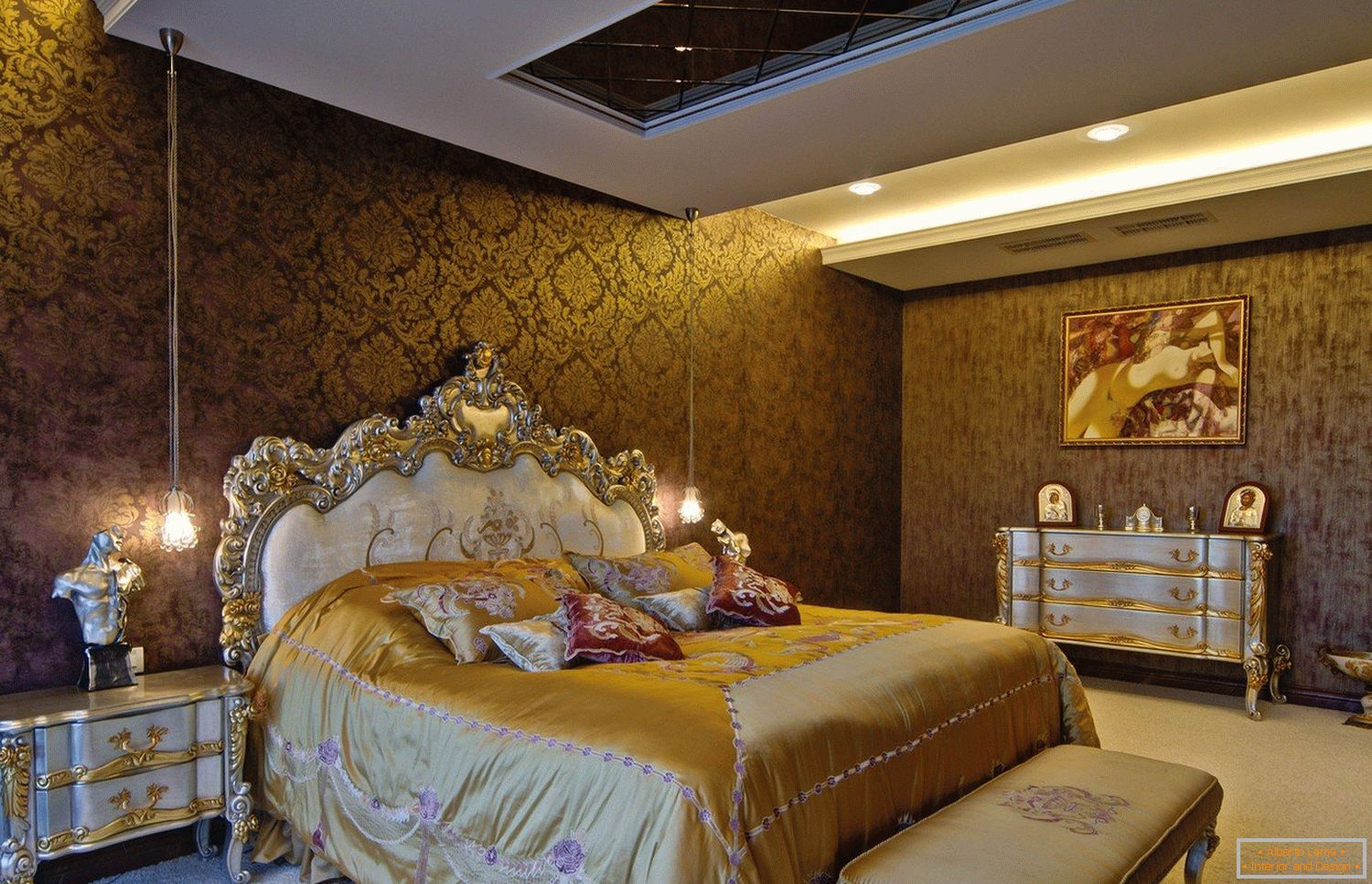Golden Tones in Bedroom Design
